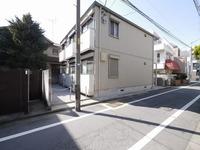 外観:最寄り駅【東長崎】より徒歩2分!