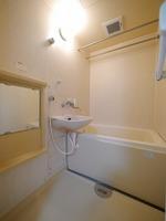 浴室:機能的で使い勝手の良い浴室♪